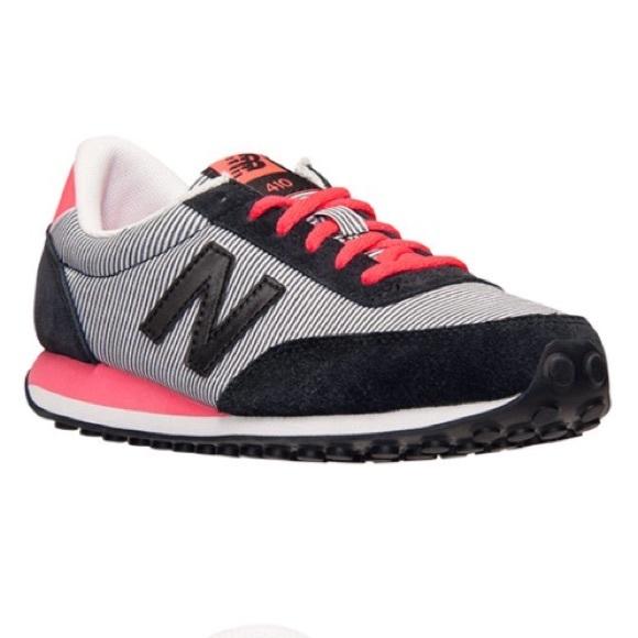 0c4a2cdd1fb6 New Balance 410 Retro Stripe Sneakers. M 5b7234762aa96abf7f65e255